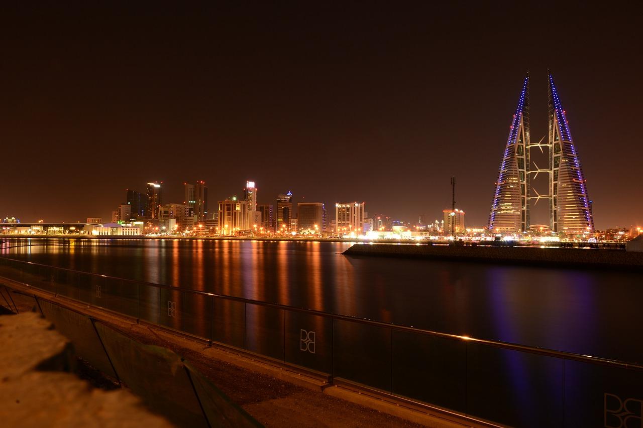 Обмисляте пътуване до Кралство Бахрейн? Ето кои 8 места да не изпускате.